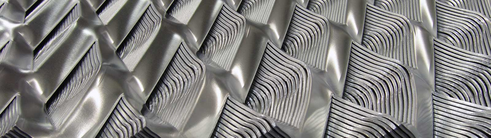 Aluminium streched metal sheets
